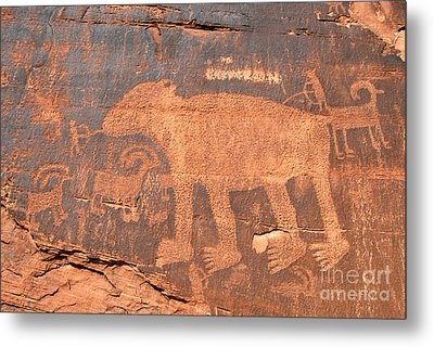 Big Bear Petroglyph Metal Print by David Lee Thompson