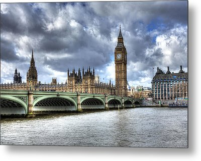 Metal Print featuring the photograph Big Ben And Thames by Shawn Everhart