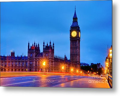 Big Ben At Night Metal Print by Donald Davis