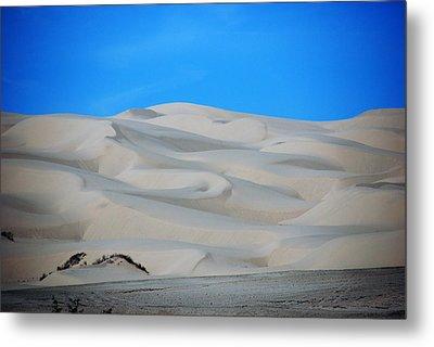 Big Sand Dunes In Ca Metal Print by Susanne Van Hulst