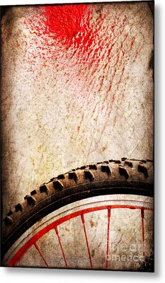 Bike Wheel Red Spray Metal Print