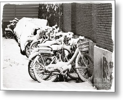 Bikes Parked And Full Of Snow Metal Print by Stefano Senise