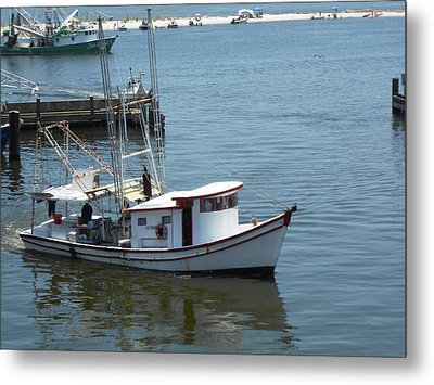 Metal Print featuring the photograph Bilouxi Shrimp Boat by Cynthia Powell