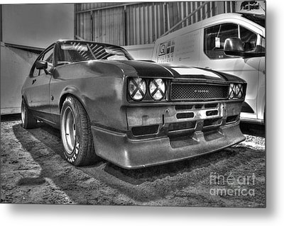 Black And White Capri In Hdr Metal Print by Vicki Spindler