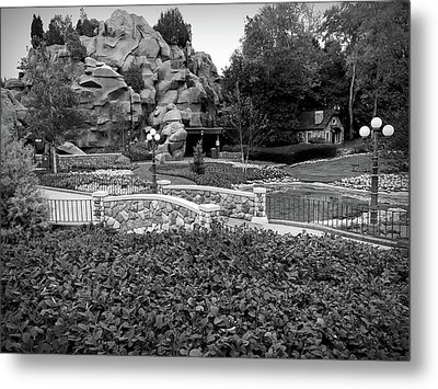 Metal Print featuring the photograph Black And White Flower Garden Walkway by Aimee L Maher Photography and Art Visit ALMGallerydotcom