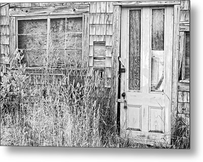 Black And White Old Building In Maine Metal Print by Keith Webber Jr