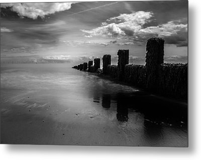 Black And White Seascape Metal Print by Martin Newman