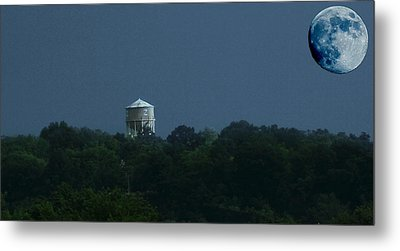 Blue Moon Over Zanesville Water Tower Metal Print