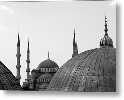 Blue Mosque, Istanbul Metal Print by Dave Lansley