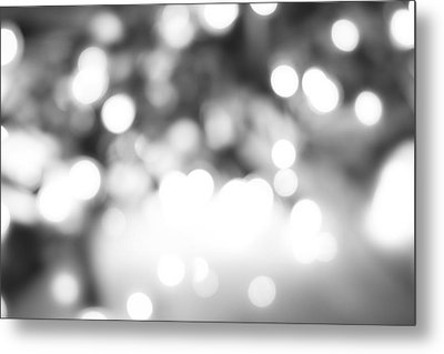 Blurry Abstract Metal Print by Les Cunliffe