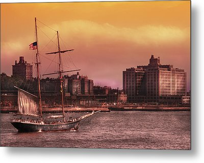 Boat - Ny - The Clipper  Metal Print by Mike Savad