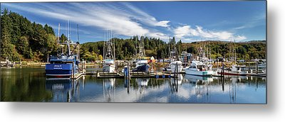 Metal Print featuring the photograph Boats In Winchester Bay by James Eddy