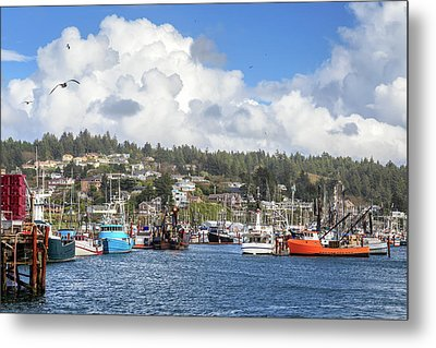 Boats In Yaquina Bay Metal Print by James Eddy