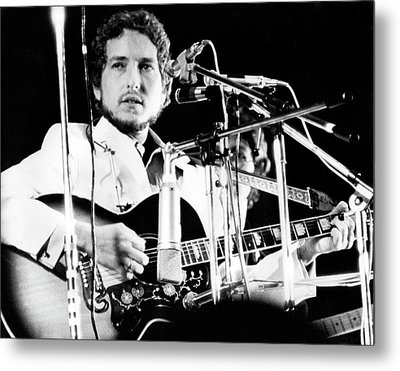 Metal Print featuring the photograph Bob Dylan 1969 Isle Of Wight by Chris Walter