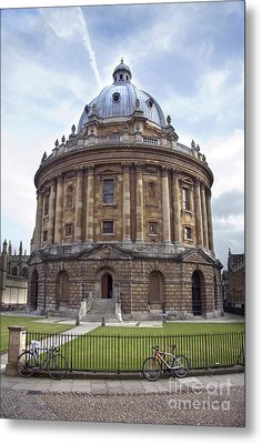 Bodlien Library Radcliffe Camera Metal Print by Jane Rix