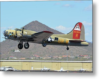 Metal Print featuring the photograph Boeing B-17g Flying Fortress N93012 Nine-o-nine Deer Valley Arizona April 13 2016 by Brian Lockett