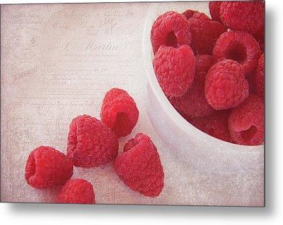 Bowl Of Red Raspberries Metal Print