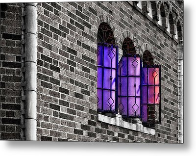 Metal Print featuring the photograph Brick And Glass - Vent Windows Of Comfort Station   -   1927comfortstationbwc121773 by Frank J Benz