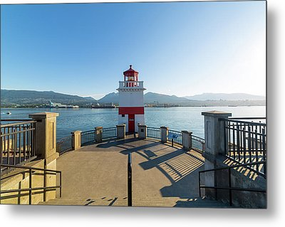 Brockton Point Lighthouse At Stanley Park Metal Print by David Gn