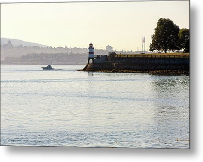 Brockton Point Lighthouse On Peninsula At Stanley Park Metal Print by David Gn