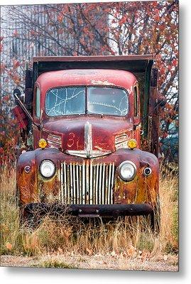 Broken Down Old Abandoned Truck Metal Print by Todd Klassy