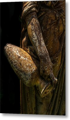 Bronze Woman With Urn Metal Print by Xavier Cardell