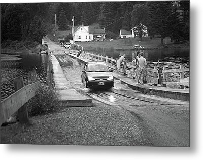 Metal Print featuring the photograph Brookfield, Vt - Floating Bridge 3 Bw by Frank Romeo