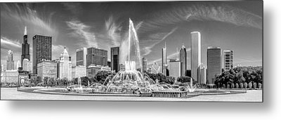 Buckingham Fountain Skyline Panorama Black And White Metal Print by Christopher Arndt