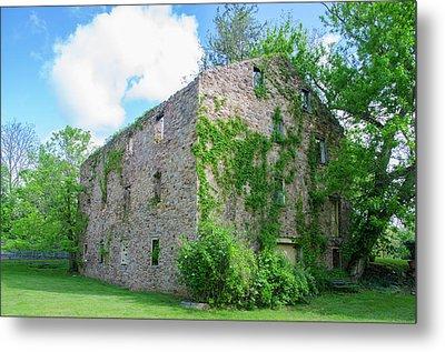 Metal Print featuring the photograph Bucks County Pa - Bridgetown Millhouse Ruins by Bill Cannon