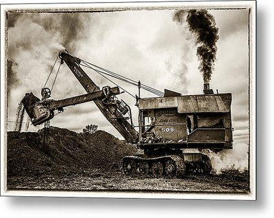 Bucyrus Erie Shovel Metal Print by Paul Freidlund
