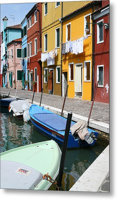 Burano Corner With Laundry Metal Print by Donna Corless