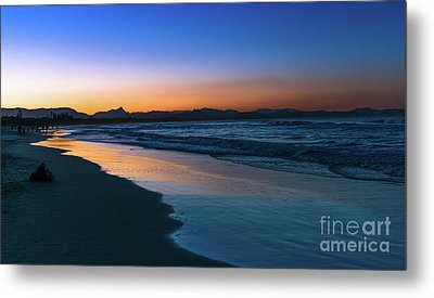 Byron Bay After The Sun Sets Metal Print