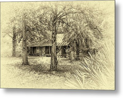 Metal Print featuring the photograph Cabin In The Woods by Louis Ferreira