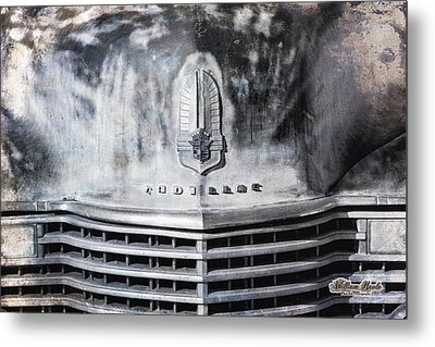 Cadillac Grill Shot Metal Print by William Havle