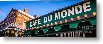 Cafe Du Monde New Orleans Picture Metal Print by Paul Velgos