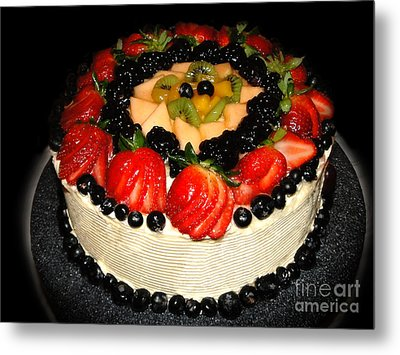 Cake Decorated With Fresh Fruit Metal Print by Sue Melvin