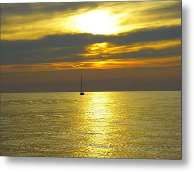 Calm Before Sunset Over Lake Erie Metal Print by Donald C Morgan