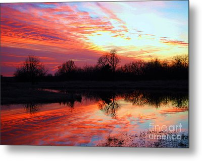 Metal Print featuring the photograph Calming Sunset by Larry Keahey