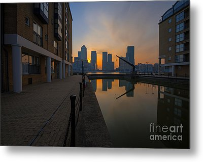 Canary Wharf Sunrise Metal Print by Donald Davis