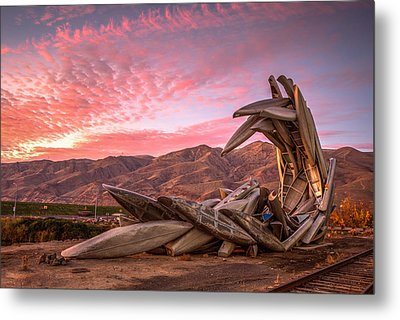 Canoe Art Sculpture With Pink Clouds Metal Print