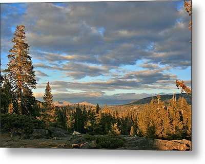 Cape Horn Sunset Looking East Metal Print by Larry Darnell