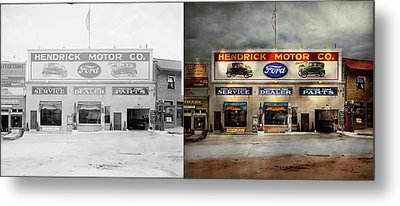 Metal Print featuring the photograph Car - Garage - Hendricks Motor Co 1928 - Side By Side by Mike Savad