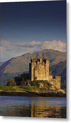 Metal Print featuring the photograph Castle Eilean Donan by Gabor Pozsgai