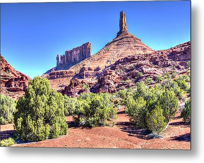 Metal Print featuring the photograph Castleton Tower by Alan Toepfer