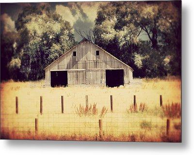 Metal Print featuring the photograph Hwy 3 Barn by Julie Hamilton