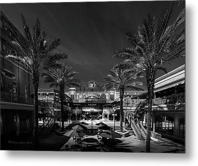 Metal Print featuring the photograph Centro Ybor Bw by Marvin Spates