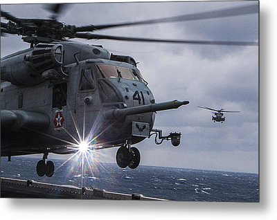 Ch-53e Super Stallion Helicopter Us Navy Metal Print