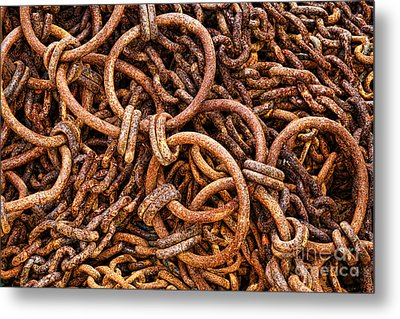 Chains And Rings And Rust Metal Print by Olivier Le Queinec