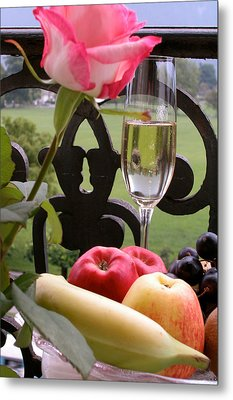 Champagne On The Balcony Metal Print by Carl Purcell