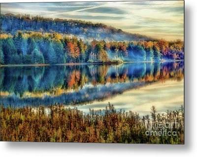 Chapman Lake In The Mist Metal Print by Matthew Winn